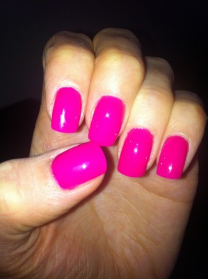 Hot pink gel nails manicure