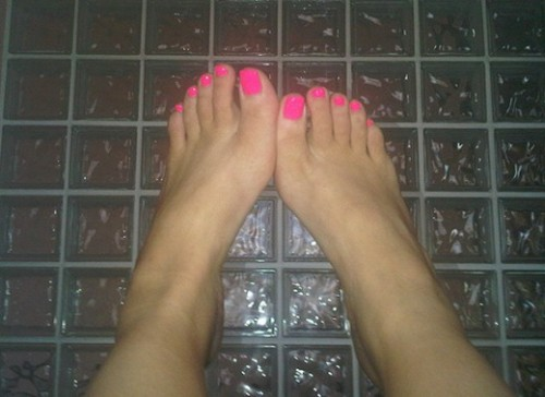 hot pink pedicure