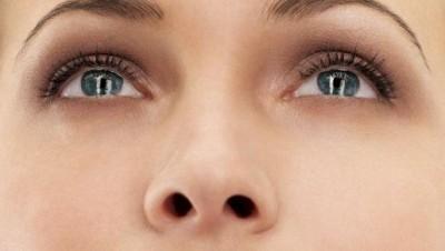 f_eyes