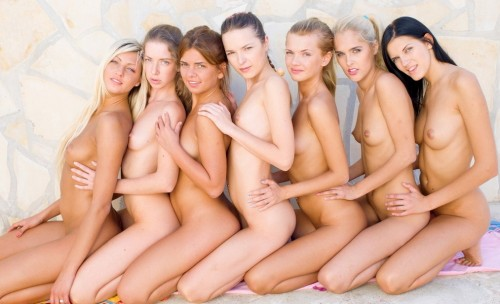 смотреть фото галерею голых девушек