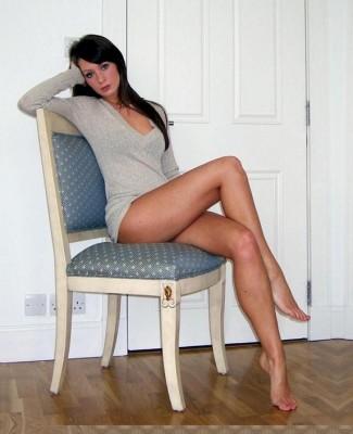 Great Legs Wallpaper__yvt2