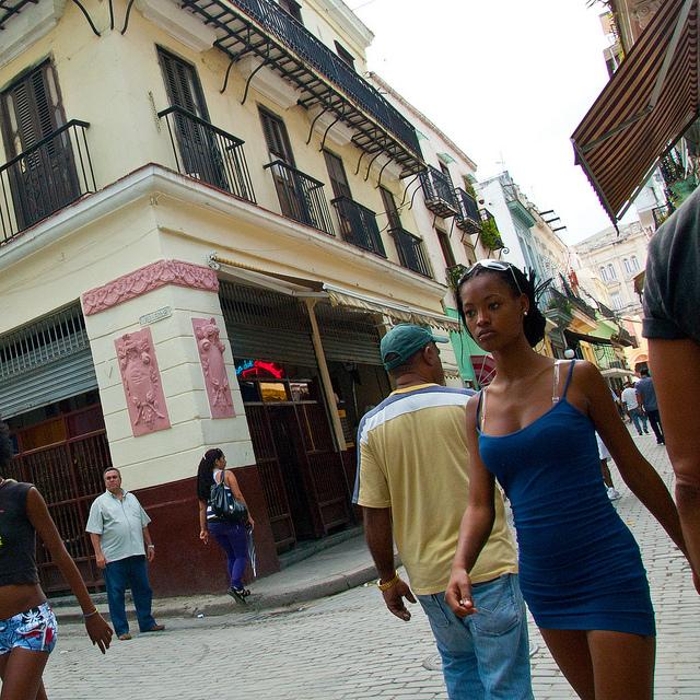 Teen girls Cuba